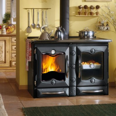 la nordica wood fire stove in black